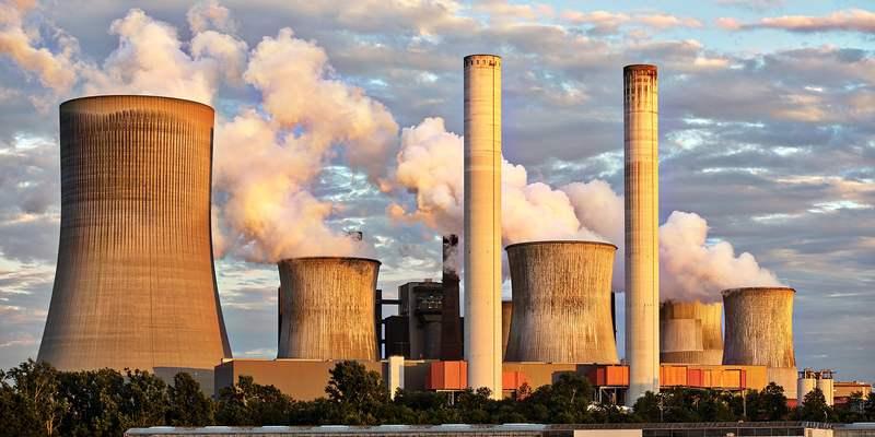 Kraftwerk mit Schornstein - wenn der Ozean stirbt, sterben wir