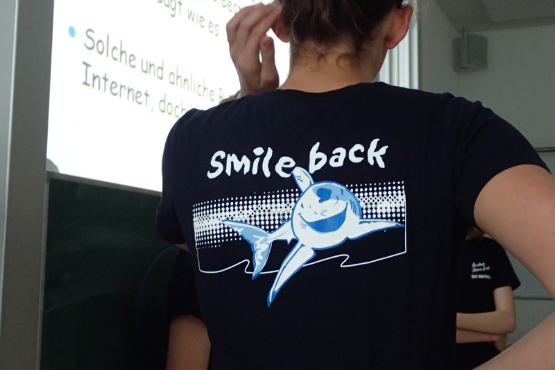 sharkproject-schulprogramm-smile-back